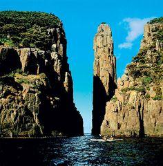 Tasmanien, den 'lille' ø syd for det australske fastland, bliver ofte overset. Opdag Verden har taget pulsen på øen og er steget til vejrs i...
