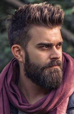 When beard paired with wrong hairstyle or face structure, it can be disastrous. Keep yourself updated with the Latest Modern Beard Styles For Men. Modern Beard Styles, Beard Styles For Men, Hair And Beard Styles, Short Beard, Sexy Beard, Mens Hairstyles With Beard, Haircuts For Men, Trending Beard Styles, Stylish Beards