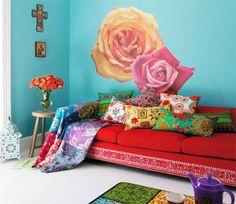 Gosta do estilo da artista Frida Kahlo? Então aprenda como decorar um ambiente se inspirando nela e na cultura mexicana aqui no nosso blog!