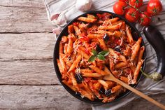 People have been eating pasta for hundreds of years and not all of them are overweight. One surefire way to sabotage any diet is to eat more than you burn off. Pasta is considered a grain, and should be included in your diet when appropriate. Rigatoni, Penne, Pasta Alternative, Famous Italian Food, Pasta Alla Norma, Gluten Free Pasta, Easy Pasta Recipes, Roasted Vegetables, Pasta Dishes