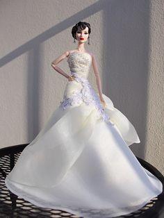 Barbie Bridal, Barbie Wedding Dress, Barbie Gowns, Barbie Dress, Barbie Clothes, Bridal Dresses, Wedding Gowns, Barbie Outfits, Barbie E Ken