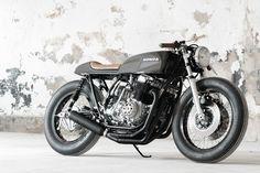 Honda CB750 K2 cafe