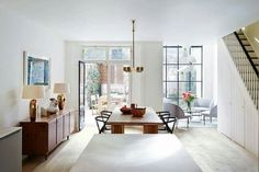 Dining Room - Open Place - Kitchen Ideas - Notting Hill - Modern Townhouse - Home Design Notting Hill, Decoration Inspiration, Interior Design Inspiration, Home Interior Design, Design Ideas, Modern Townhouse Interior, Oak Dining Table, Dining Area, Dining Room