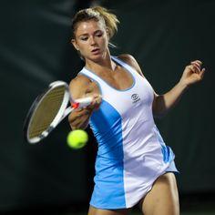 Camila Giorgi, Sabine Lisicki, Blue Cheer, Beach Tennis, Famous Sports, Caroline Wozniacki, Tennis Players Female, Tennis Tips, Volleyball Players