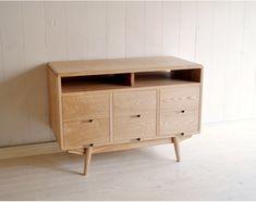inu it furniture. A-108 チェストのメイン写真