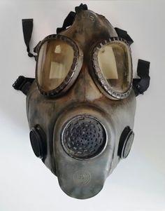 Vintage US M-17 Military Gas Mask Vietnam Era by SwankyDameVintage