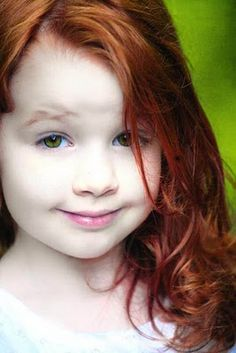 Ben: She lost those green eyes but never lost that smirk. Red Hair Green Eyes Girl, Girls With Red Hair, Green Hair, Beautiful Red Hair, Gorgeous Redhead, Cute Little Baby, Little Girls, Ginger Kids, Redheads Freckles