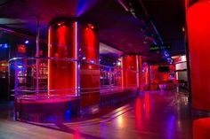Mejores lugares en Barcelona para disfrutar de la noche. #cosasquehacerenbarcelona #cosasqueverenbarcelona #quehacerenbarcelona #stripclubbarcelona #stripclubsbarcelona #clubsbarcelona #nightlifebarcelona #nightclubbarcelona #whattodoinbarcelona #thingstodoinbarcelona