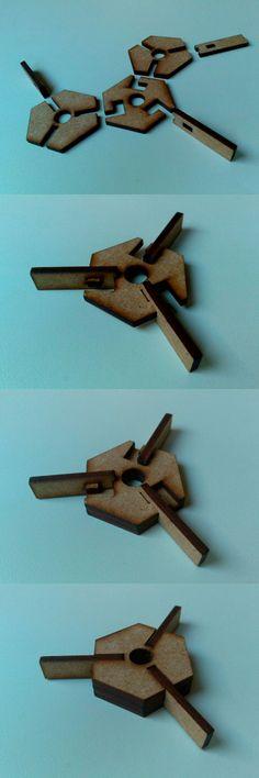 Nudo plano para estructuras tridimensionales diseñado y fabricado por Juan Expósito.