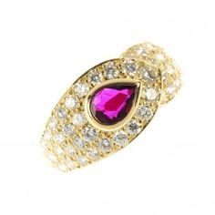 Van Cleef & Arpels - An 18ct Gold Ruby And Diamond ring