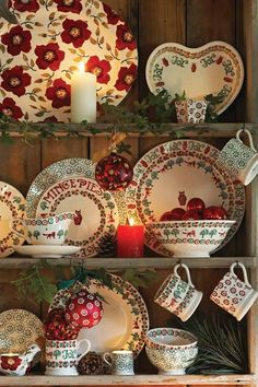 We love this Christmas Collection of Emma Bridgewater products. Find out which Emma Bridgewater designs we stock by visiting our website! Christmas China, Christmas Dishes, Christmas Kitchen, Noel Christmas, All Things Christmas, Christmas Photos, Xmas, Cottage Christmas, Country Christmas