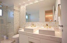 fotos-de-banheiro-com-pastilhas.jpg (900×587)