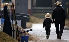 #Amish Father & Son spend alot of time together so that the son can learn the Amish life from his father