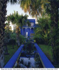 Maiorelle garden en Marruecos, uno de mis sitios favoritos que nunca olvidaré, y volveré! :D. I absolutely love that blue, especially with the green - YSL garden