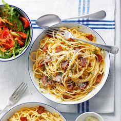 If you'd like to lose weight - without ever feeling hungry - welcome to Slimming World. We help thousands of members achieve their weight loss dreams - you can too. Baked Oats Slimming World, Slimming World Recipes, Slimming Eats, Carrot And Coriander Soup, Spaghetti Carbonara Recipe, Italian Pasta Dishes, Crudite, Cottage Pie, Eating Plans
