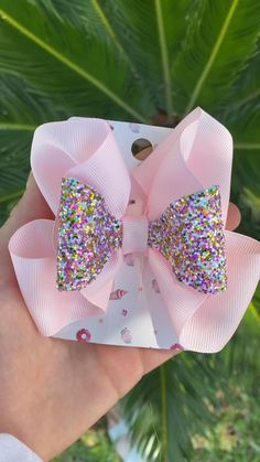 Handmade bow comes in elastic or clip, follow my etsy for more :) $7 Handmade Hair Bows, Handmade Hair Accessories, Girls Hair Accessories, Kids Hair Bows, Girls Bows, Tulle Hair Bows, Toddler Hair Bows, Barrettes, Hairbows