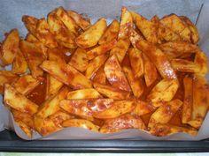 Pikáns burgonya a sütőből, ínyencebb köretet még nem kóstoltál, tüzes finomság!