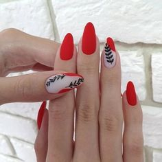 Nail Extensions With Gel polish only @ 999 /- + Manicure Or Pedicure Free. NAILS HEAVEN 👉 Lowest Price Guarantee Nailart Salon❤️ Address: floor Ajanta Apt, Old RTO Road, warasia, Vadodara christmasnails Matte Pink Nails, Red Acrylic Nails, Green Nails, Matte Red, Love Nails, Pretty Nails, My Nails, Minimalist Nails, Manicure E Pedicure