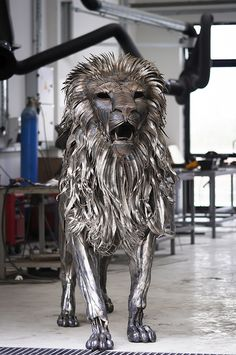 Incredibly Majestic Lion Made of 4,000 Metal Scraps