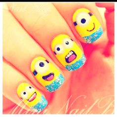 Omg i cant even deal.... Minion nails!!!!!