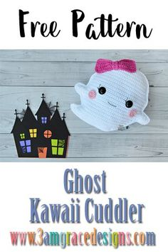 """Ghost Kawaii Cuddler™ - Free Crochet Pattern : """"Our free Ghost crochet pattern & tutorial makes an adorable amigurumi pillow! This would be perfect decoration for your home halloween decor. Kawaii Crochet, Cute Crochet, Crochet Crafts, Crochet Toys, Halloween Crochet Patterns, Easy Crochet Patterns, Crochet Patterns Amigurumi, Crochet Fall, Holiday Crochet"""