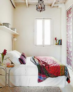 .A serene small bedroom.