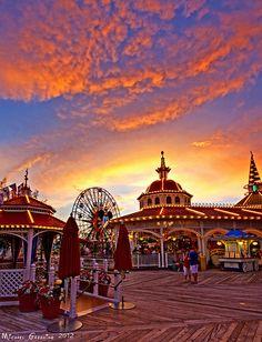 Ms. Disney Princess : Photo Paradise Pier DCA