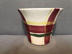 VINTAGE PURITAN SLIP WARE CIRCA 1950 NORMANDY PLAID WALL POCKET in Pottery & Glass, Pottery & China, China & Dinnerware | eBay