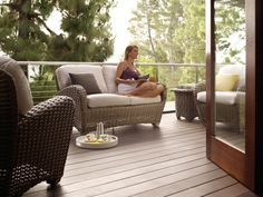 Gloster makes beautiful and comfortable outdoor living patio furniture- This is the Sunset collection