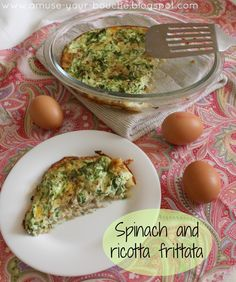 Spinach and ricotta frittata [Amuse Your Bouche] Breakfast Dishes, Breakfast Recipes, Vegetarian Recipes Easy, Paleo Recipes, Cooking Recipes, Vegetable Dishes, Vegetable Recipes, Vegan Dishes, Frittata