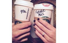 21 Perfect Engagement Announcements You Will Want to Copy