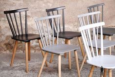 Set of 6 vintage wooden chairs, from white to black - Dining Room Kitchen Table Chairs, Dinning Chairs, Table And Chairs, Dining Room, Chaise Diy, Chaise Chair, Chaise Vintage, Vintage Chairs, Upcycled Furniture