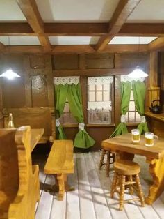 Mezzanottis Nr.: 30 – Mezzanottis Miniaturen & Puppenhäuser Mirror, Furniture, Home Decor, House, Decoration Home, Room Decor, Mirrors, Home Furniture, Interior Design