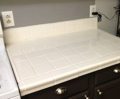 Painted kitchen tile!  Wow!