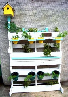 Outdoor Ideas with Wooden Pallets Free # Pallet Patio - Diy Pallets Pallet Garden Box, Wood Pallet Planters, Wooden Pallet Furniture, Pallet Patio, Garden Boxes, Wood Pallets, Diy Pallet, Pallet Projects, Pallet Wood