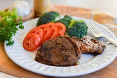 A juicy, tender ribeye steak is best grilled or sauteed, but you can also make a pressure cooker steak if you're short on time or like the meat to be well-done. Pressure Cooker Steak, Microwave Pressure Cooker, Using A Pressure Cooker, How To Cook Ribeye, Cooking Ribeye Steak, Beef Steaks, Cooker Recipes, Beef Recipes, Healthy Recipes
