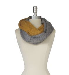 grey & yellow chunky knit scarf