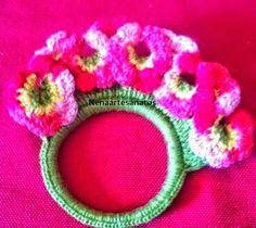 Crochê Gráfico: Porta guardanapo com flores em crochê