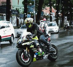 Yamaha R1- I'll take 2.