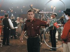 Big Fish - One of my absolute favourite films. With Ewan McGregor, Albert Finney, Jessica Lang, Billy Crudup and directed by Tim Burton Big Fish Film, Big Fish Movie, Film Big, Tim Burton Characters, Tim Burton Films, Ewan Mcgregor, Nicolas Cage, Hannibal Lecter, Johnny Depp