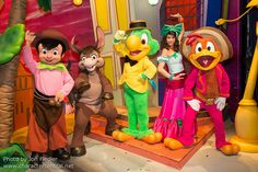 DAMMIT! Disneyland Paris has these characters?!?! AAUUUGH!!