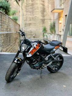 Smoke Background, Best Photo Background, Black Background Images, Duke Motorcycle, Duke Bike, Ktm 125 Duke, Ford Mustang Wallpaper, Dj Images, Biker Love