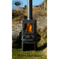 The Hobbit Stove is a small cast iron multi fuel stove from Salamander Stoves using the Turboblaze technology, the glass stays clean, is efficient and comes with 5 year guarantee.