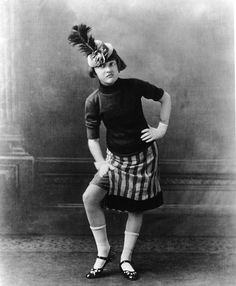 Here in 1924, Gypsy Rose Lee is only 10-years-old. (What?! I Know.) | Here's A Look At The Real Gypsy Rose Lee