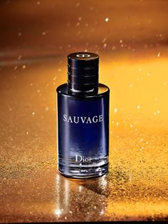 I think we just found your man's new signature scent. Dior Sauvage eau de toilette will be a present for yourself just to smell this intoxicating cologne every day. Best Perfume, Perfume Oils, Perfume Bottles, Parfum Musc, Diy Perfume Recipes, Perfume Display, Cologne, Perfume Making, Essential Oil Perfume
