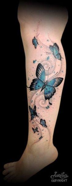 Schmetterling Tattoo Bedeutung – schön und sinnvoll cool tattoos tattoo butterflies on the leg Butterfly Tattoo Meaning, Butterfly Tattoos For Women, Butterfly Tattoo Designs, Butterfly Sleeve Tattoo, Tattoo Flowers, Butterfly Art, Purple Butterfly Tattoo, Neue Tattoos