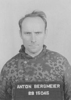 """https://flic.kr/p/fJ12rC   Le """"SS-Oberscharführer"""" Anton Bergmeier superviseur de la prison du camp de concentration de Buchenwald"""