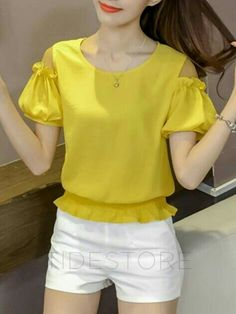 Cold Shoulder Puff Sleeve Ruffled Blouse – Pin us Blouse Styles, Blouse Designs, Blouse Models, Indian Designer Wear, Trendy Tops, African Fashion, Blouses For Women, Cold Shoulder, Shoulder Sleeve
