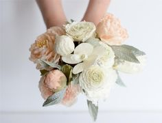 Sugar Flowers by Maggie Austin Cake #maggieaustincake