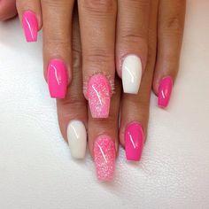 Pretty pink & white nails♥♥